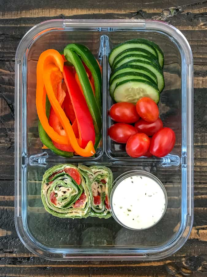 Turkey Pinwheel Meal Prep - done 2 ways! Very easy to make, come together quickly, and great for school or work lunches! Guaranteed to be kid-friendly and a staple meal prep recipe in your kitchen! #mealprep #turkeypinwheels #pinwheels #healthylunches | https://withpeanutbutterontop.com