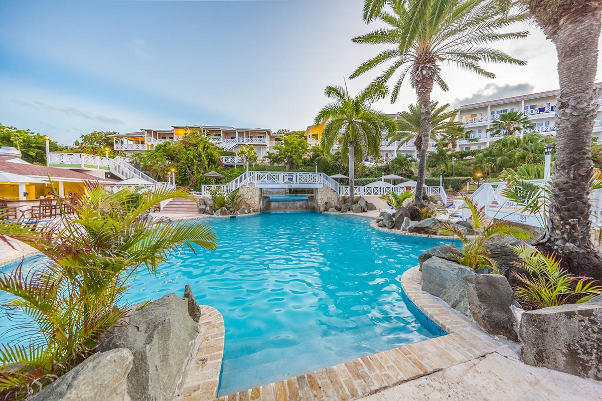 The Grand Pineapple Beach Resort Antigua