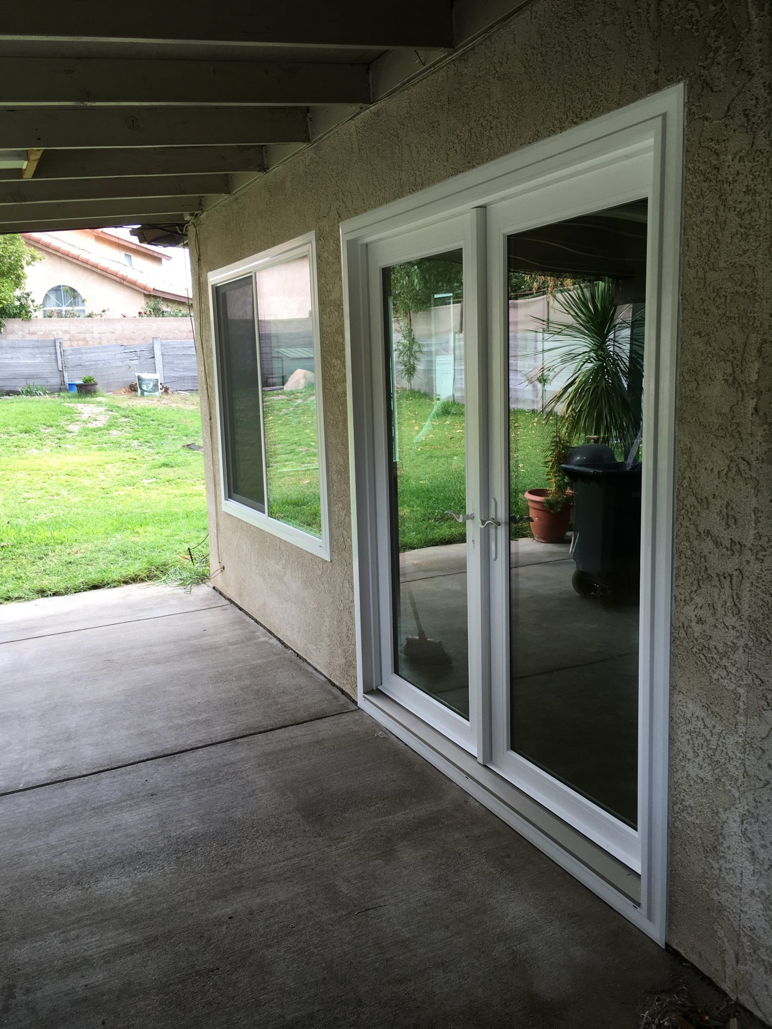 Vinyl French Doors Wit Windows And Doors
