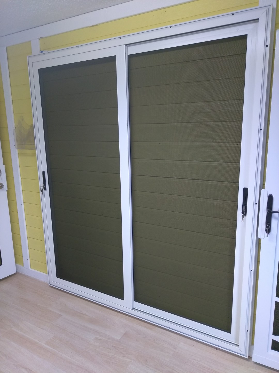 MESHTEC SLIDING SECURITY DOOR