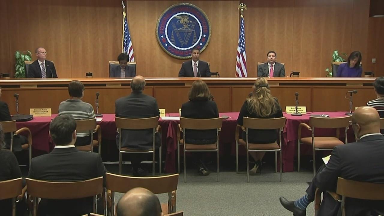 FCC fights robocalls