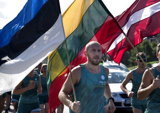 Baltics mark 30th anniversary of anti-Soviet human chain