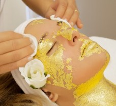 gold-facial-treatment-2