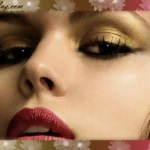 Golden Eye Shadow gives your eyes an attractive look