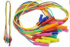Cuerda para saltar de perfil con 12 piezas-juguetes de mayoreo