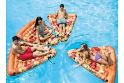 Inflable Rebanada de Pizza - Wiwi inflables de mayoreo