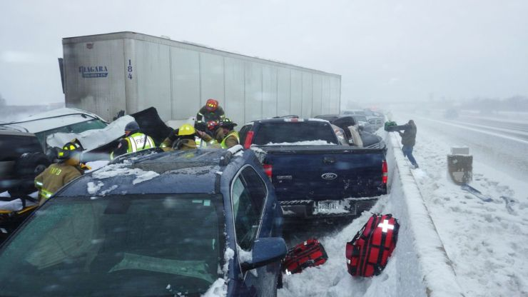 Drivers rescued in Minnesota snow