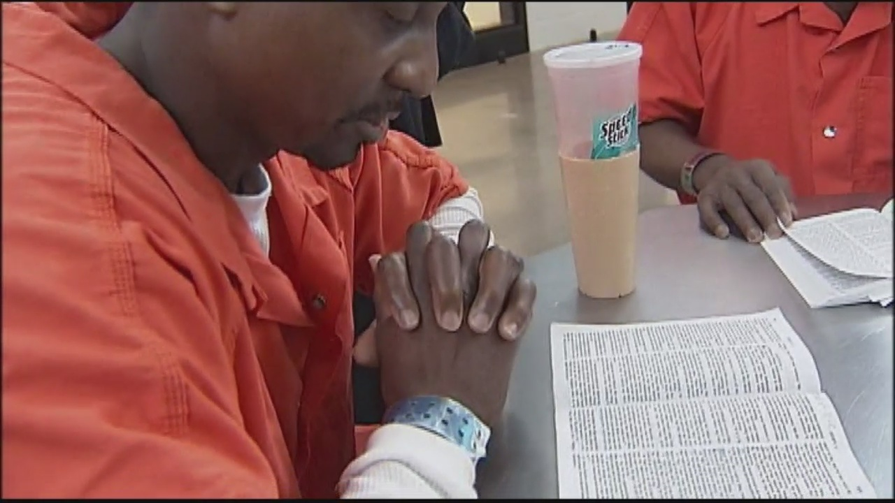 Convicts Get Help Obtaining Jobs_141599