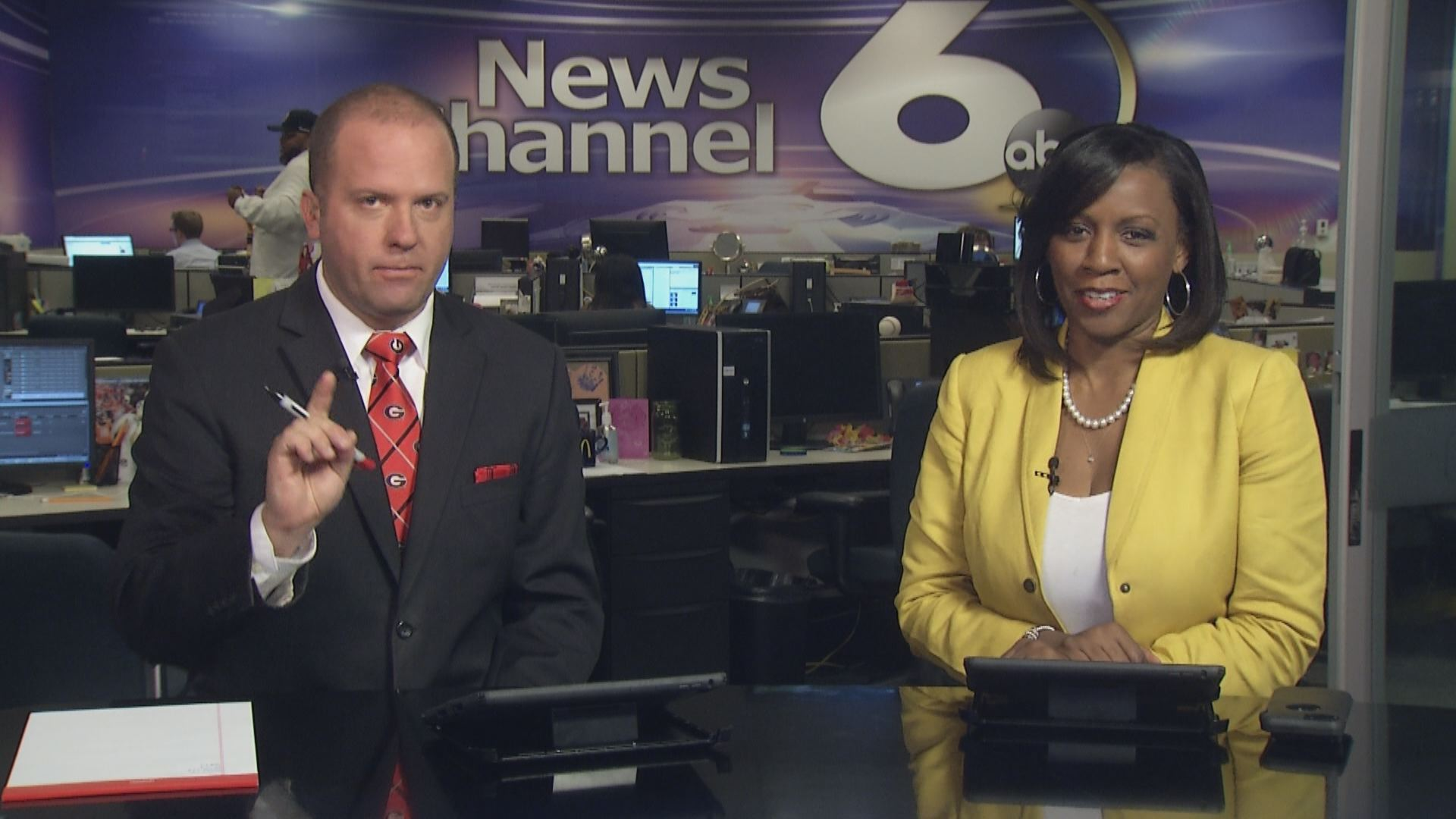 John Hart and Kimberely Scott Continue The Conversation at wjbf.com during NewsChannel 6 at 5_30 - September 23, 2016_181966