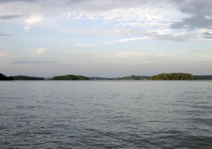 Lake Keowee_267833