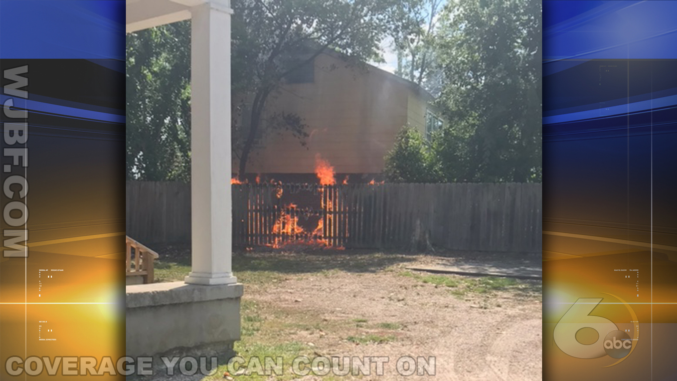 fence fire_274179