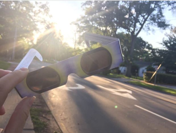 solar glasses_280851