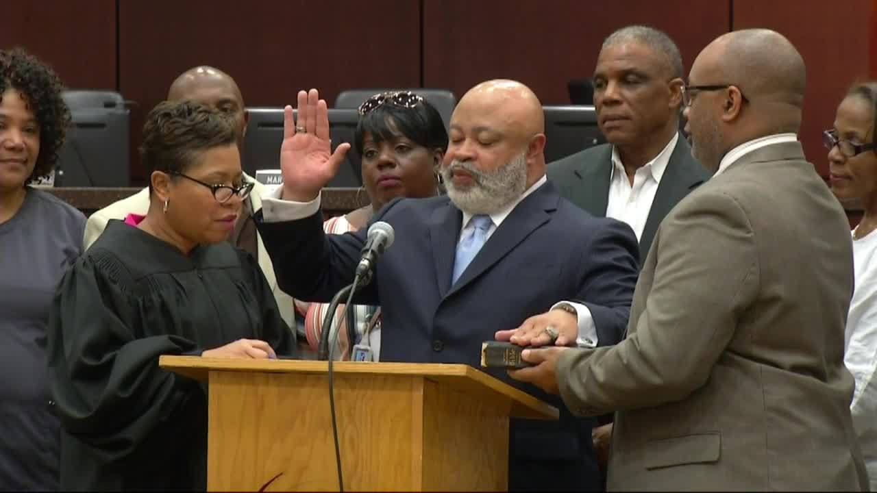 New_District_5_Commissioner_sworn_in_5_20190325211518