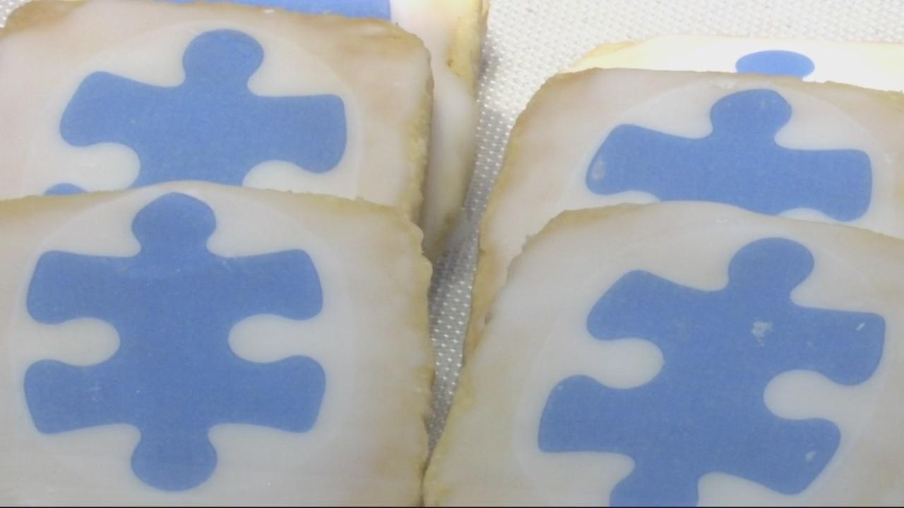 Panera Bread donates check for Autism Speaks