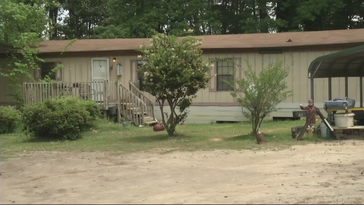 Neighbors shocked, still feel safe after pipe bombs found in Grovetown home