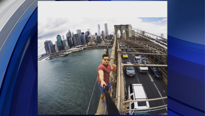 david_karnauch_brooklyn_bridge_selfie_0630_35990