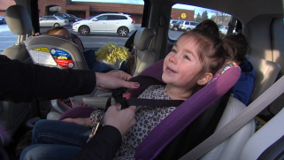 baby in car seat_117658