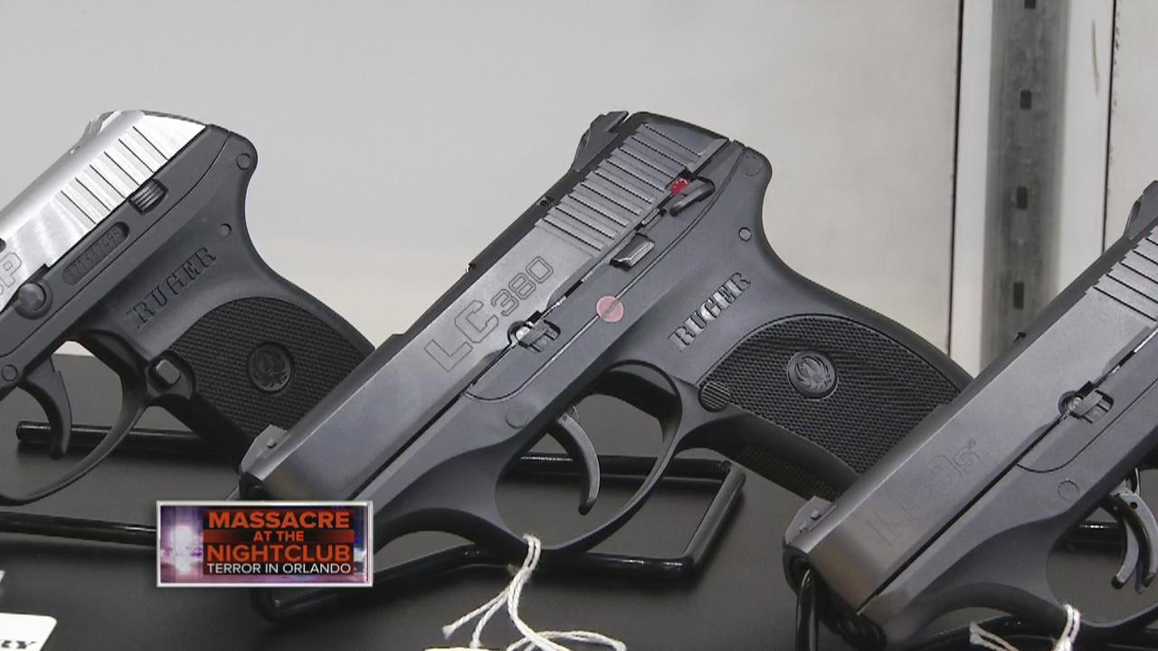 LGBT-GUN-CLASS_169399