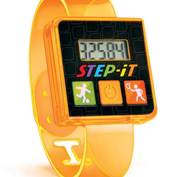 McDonalds-Fitness Bands_200256
