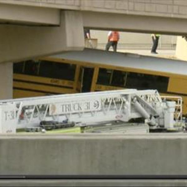 denver-bus-crash_208935