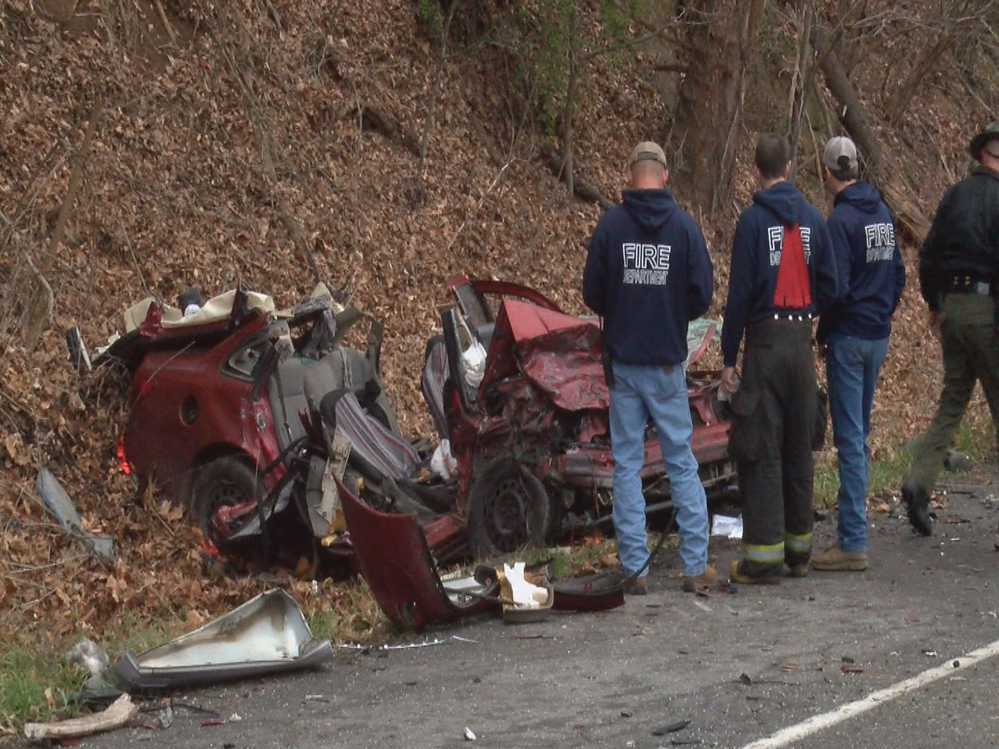 Roan Mountain teen killed in head-on crash on Highway 19E