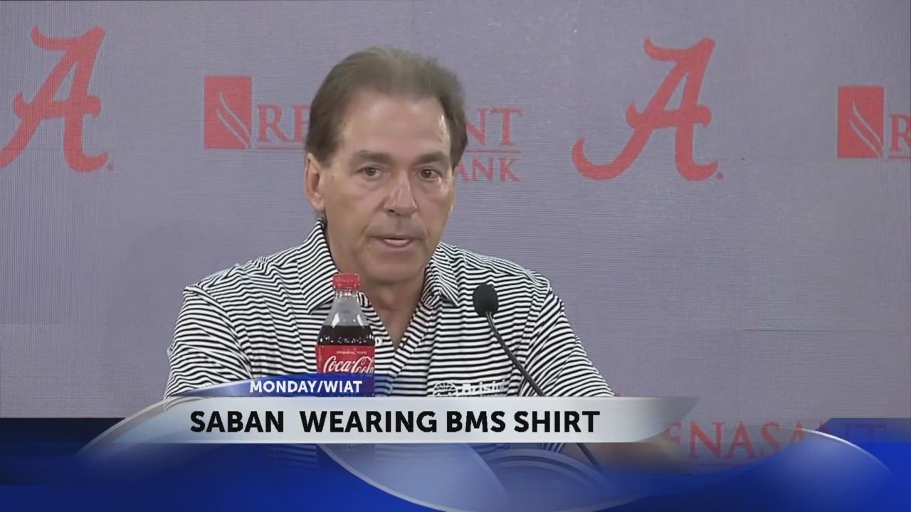 Alabama_coach_Nick_Saban_wears_a_Bristol_0_20180926023146