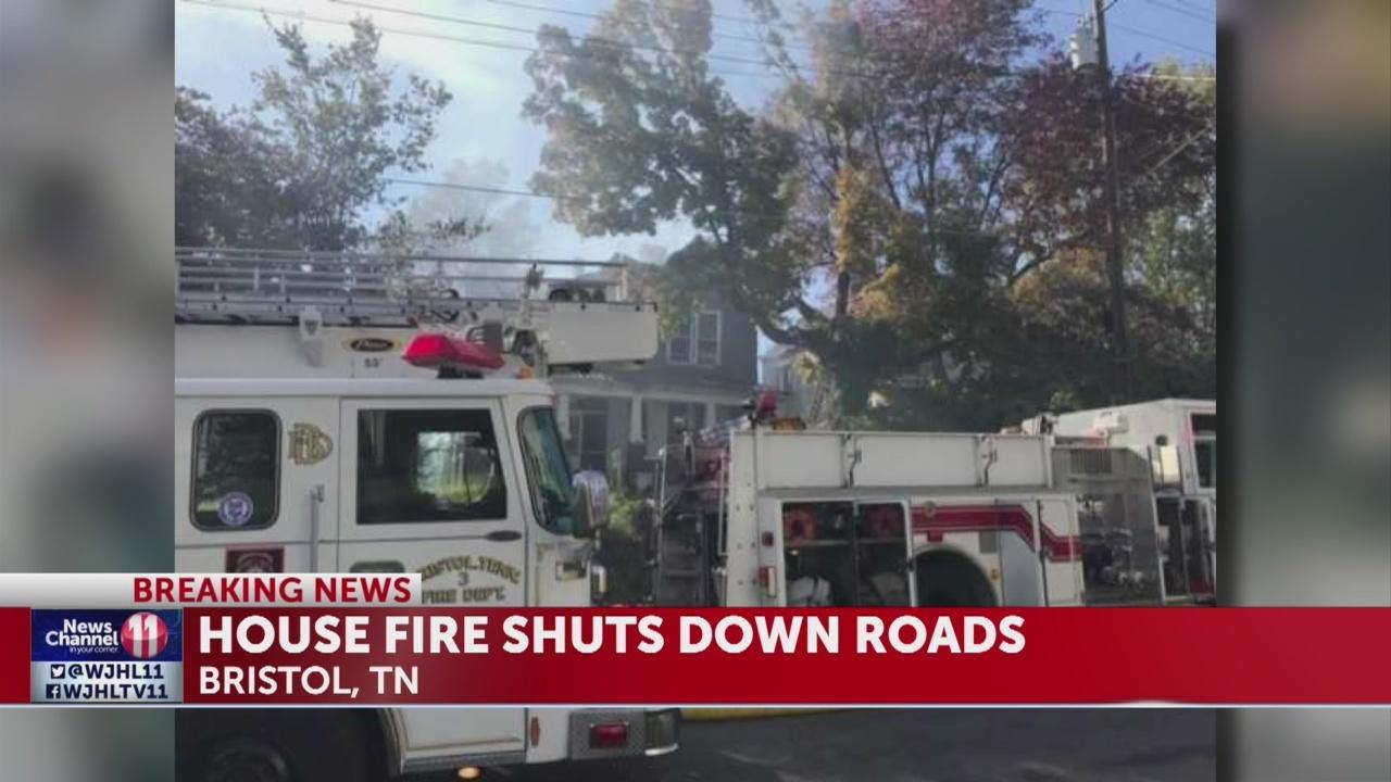 House_fire_shuts_down_roads_in_Bristol_1_20181030210619