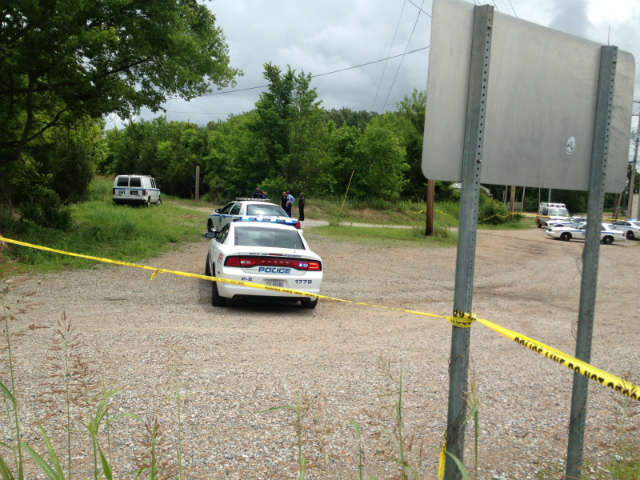 Decomposed body found on Moody Street in Jackson (Image 1)_16019