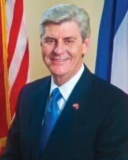 Gov. Phil Bryant_40489