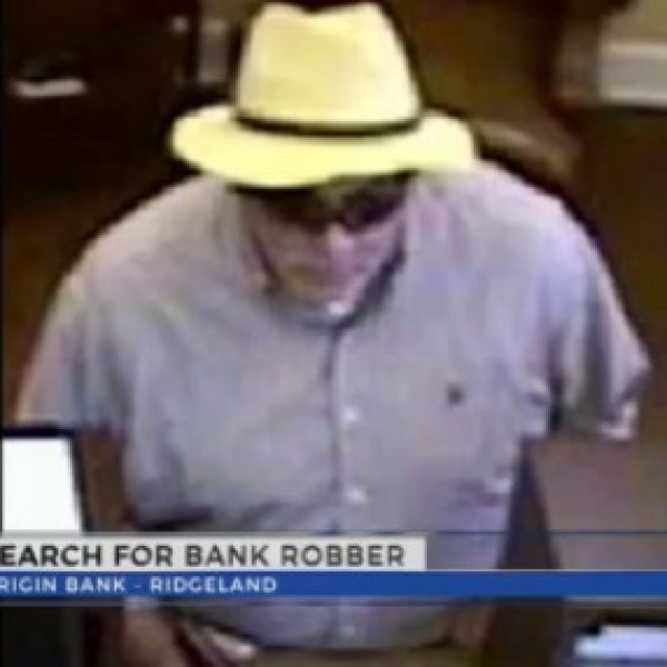 search-for-bank-robber_213962
