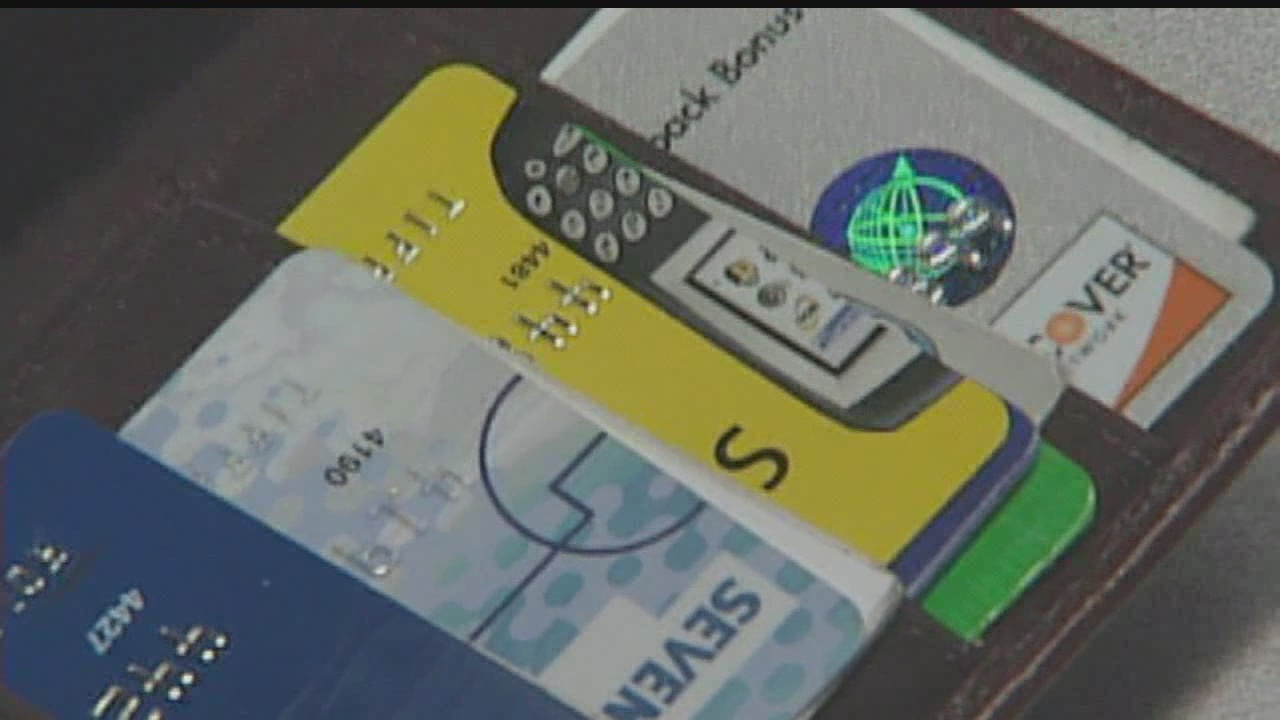 Legislation would allow parents to protect kids from identity theft