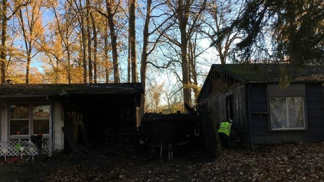 Kenwood Drive, Warren house fire_270544
