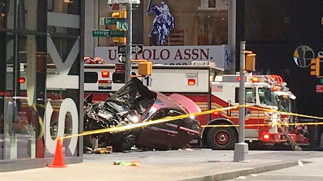 Times Square Crash_355101