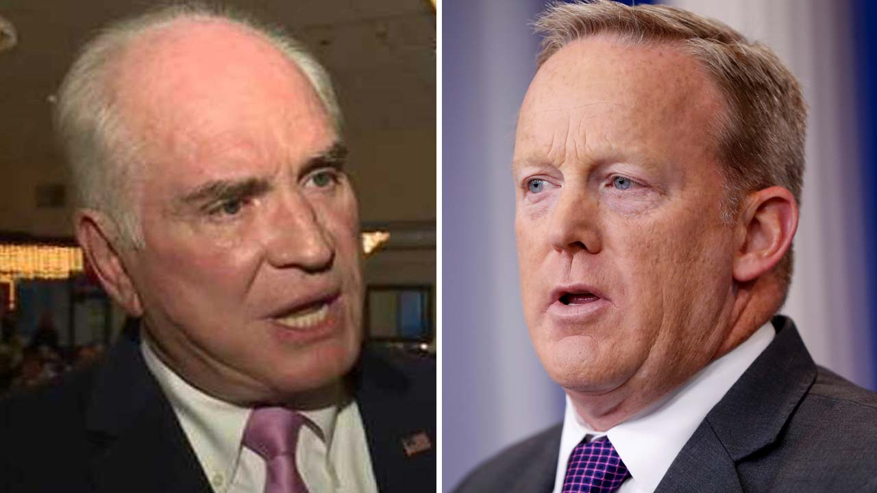 Mike Kelly and Sean Spicer