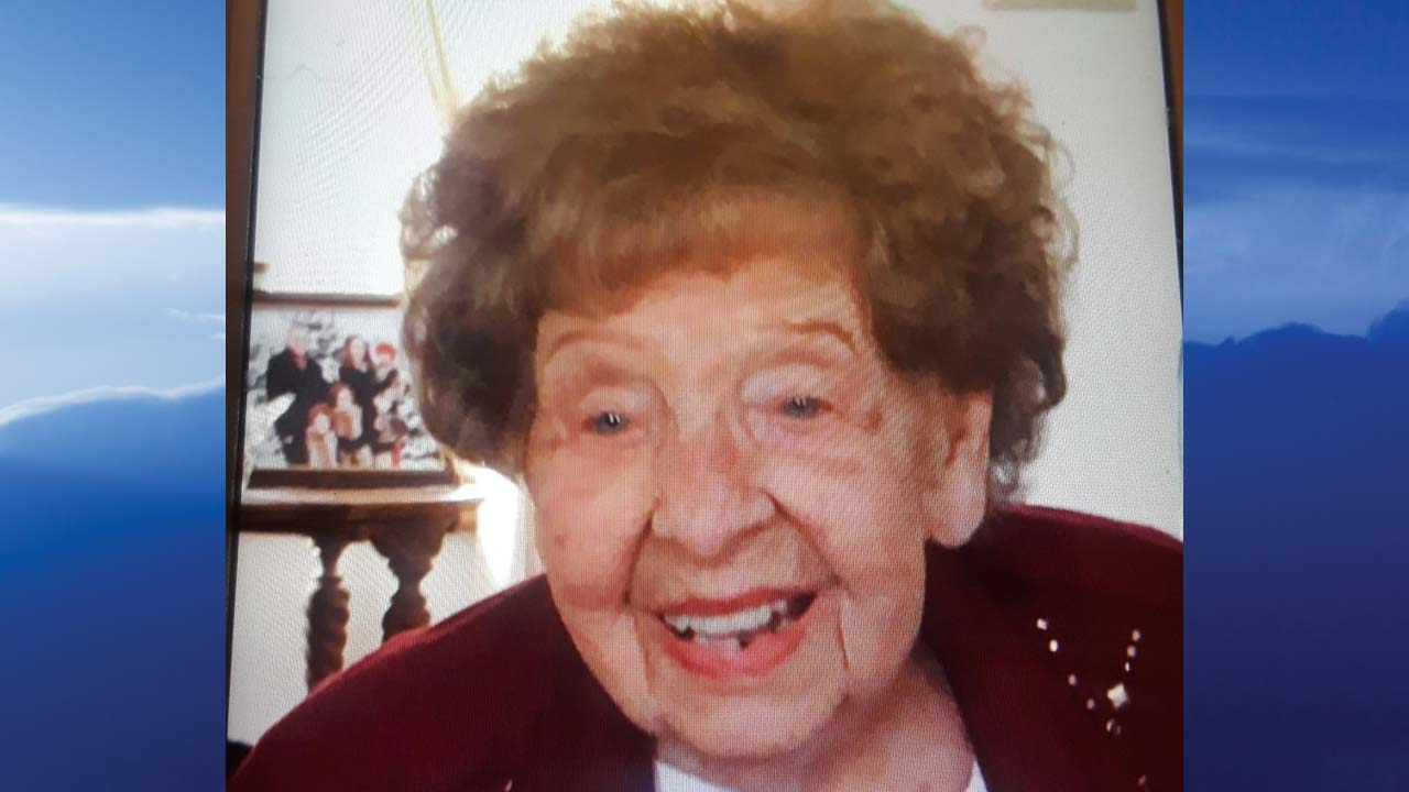 Frances Hall, Youngstown, Ohio - obit