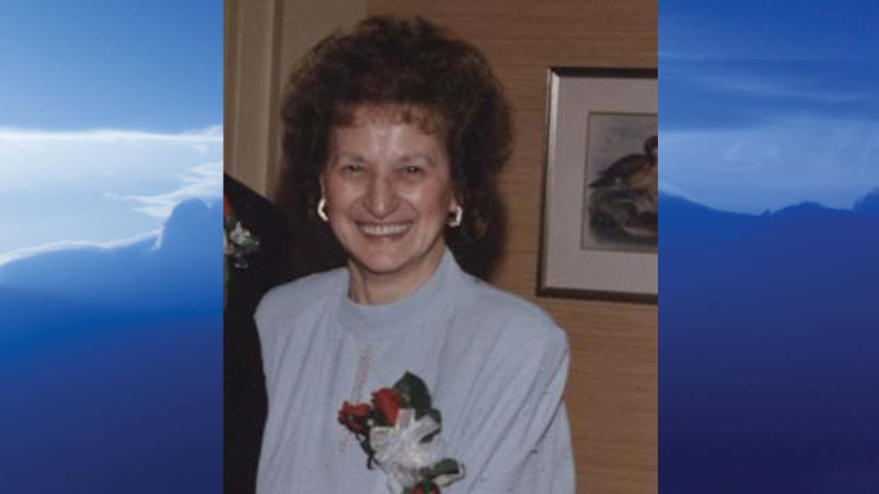 Helen Lena Quinn Perry, Salem, Ohio-obit
