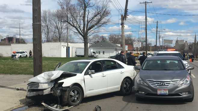 Mahoning Avenue car crash Youngstown