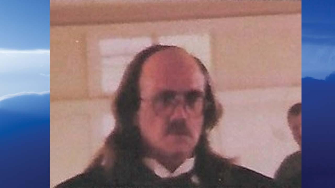 Stephen Pee-Wee L. Custer, Warren, Ohio - obit