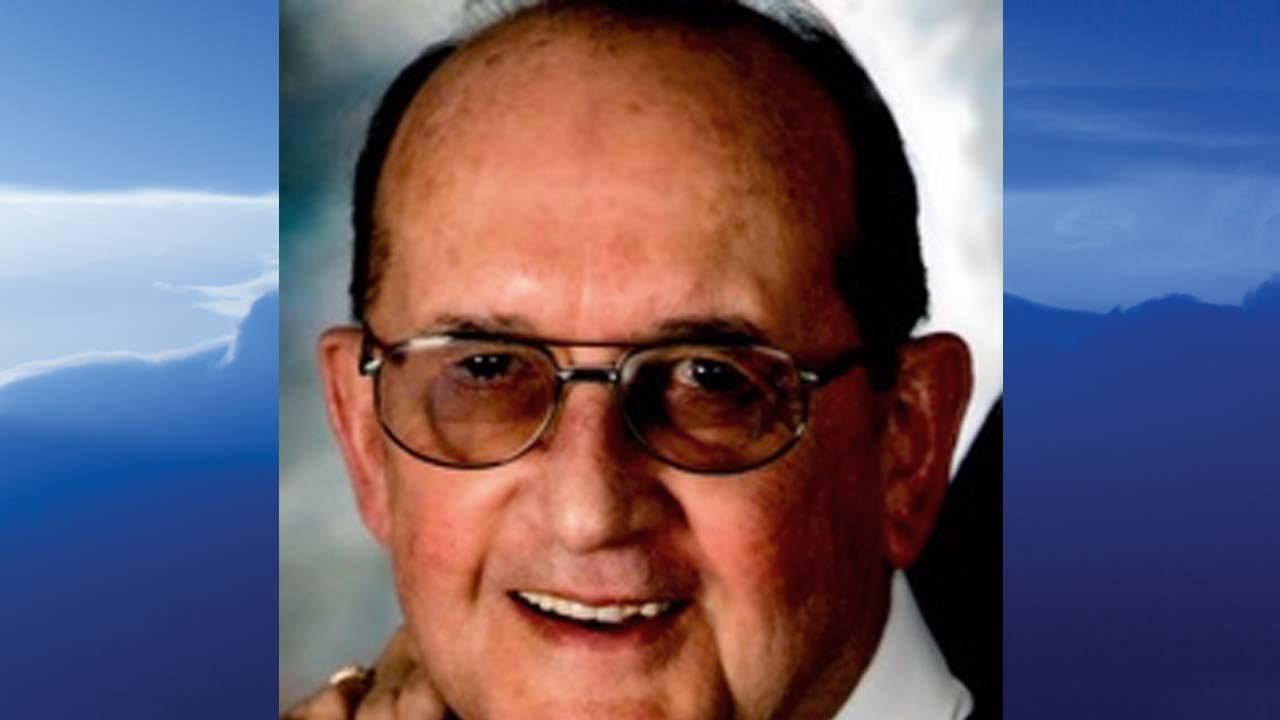 Wayne A. Kelvington, East Palestine, Ohio - obit