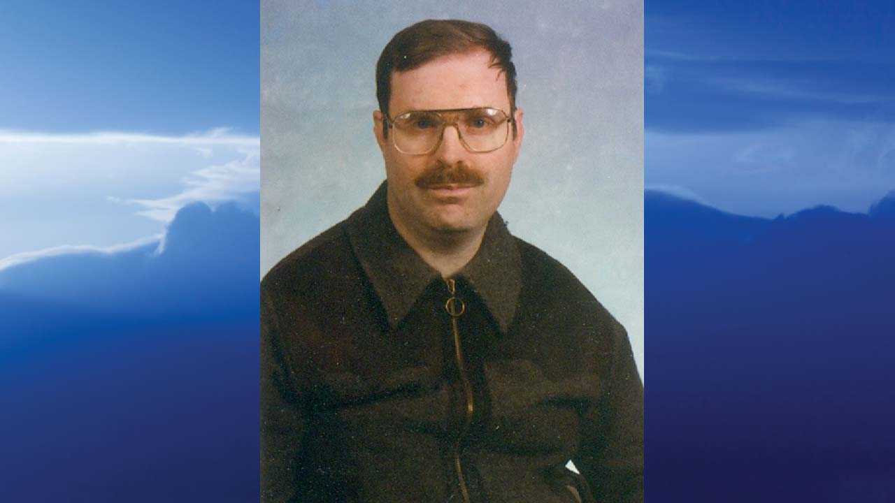 Gary Earl Montgomery, Hhubbard, Ohio-obit