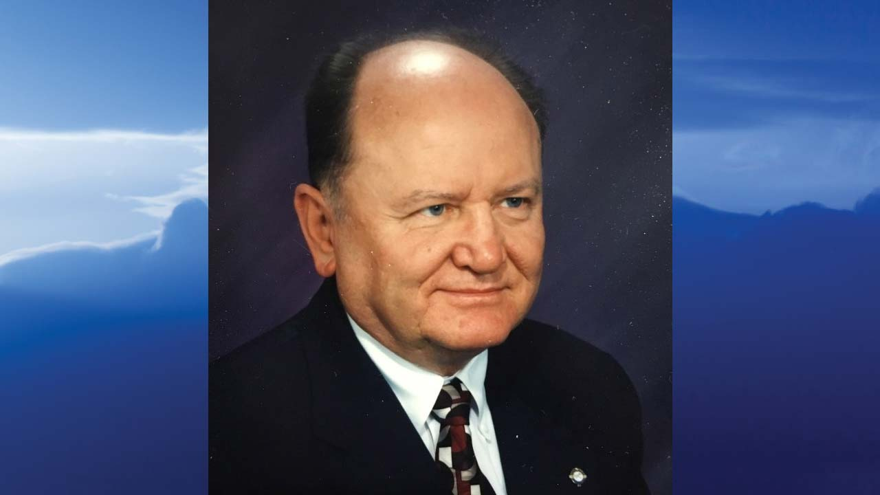 "Richard  ""Dick"" J. Hodor, Youngstown, Ohio-obit"