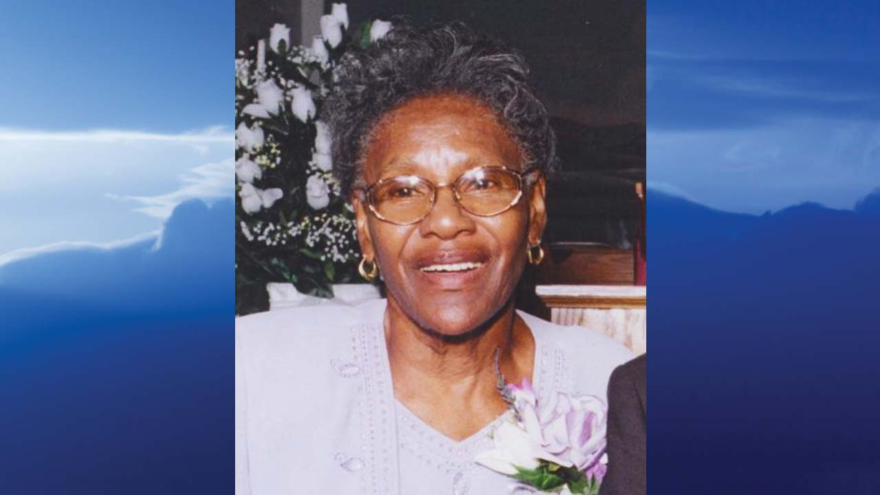 Ada Mae Young, Youngstown, Ohio-obit