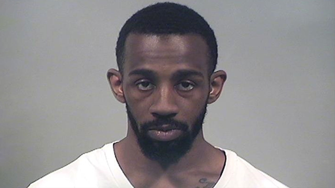 Dominique Lucky, charged with robbery and aggravated burglary in Liberty Township, Ohio