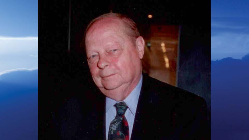 Calvin M. Stroble, Youngstown, Ohio - obit