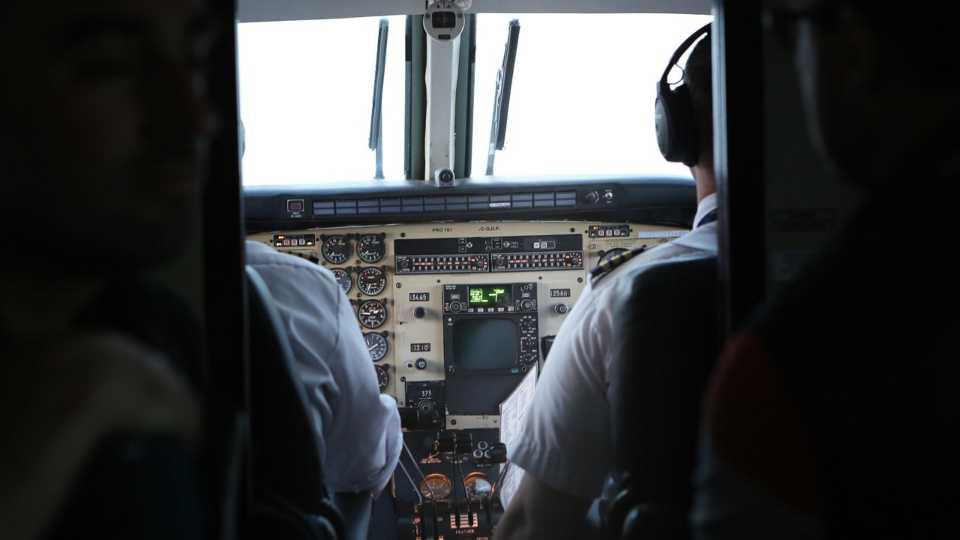 Cockpit, airplane, pilot