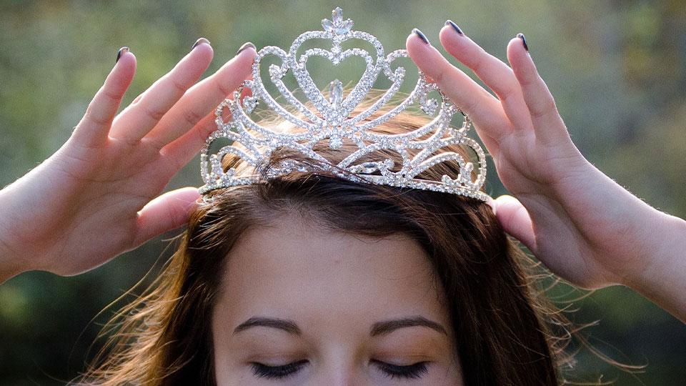 Generic Crown