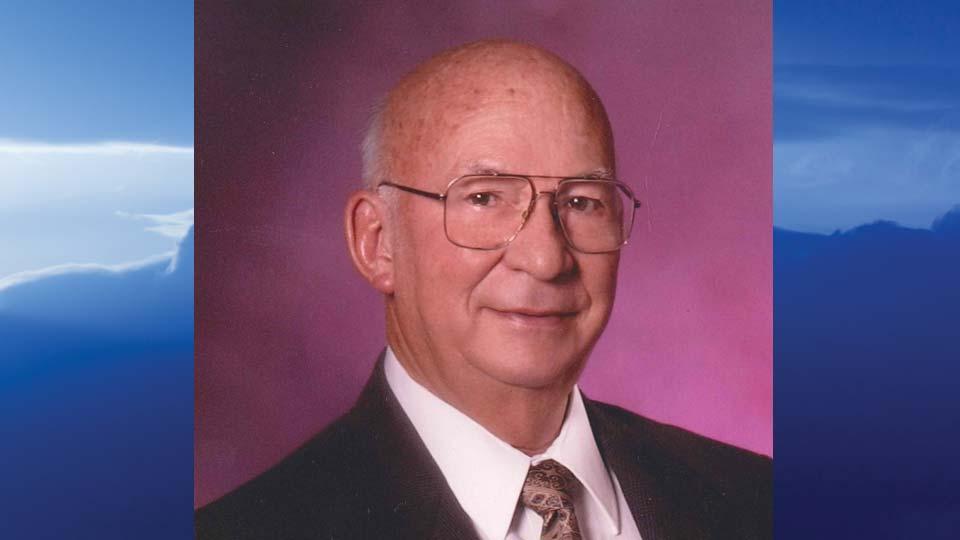 James E. Lewis, Warren, Ohio - obit