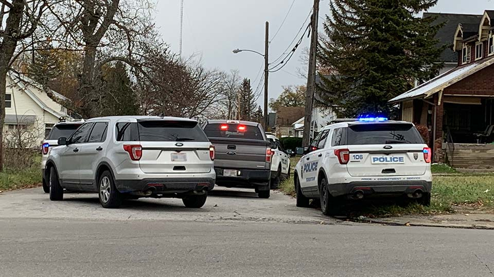 Shots fired on Glenaven and Hillman in Youngstown, Ohio.
