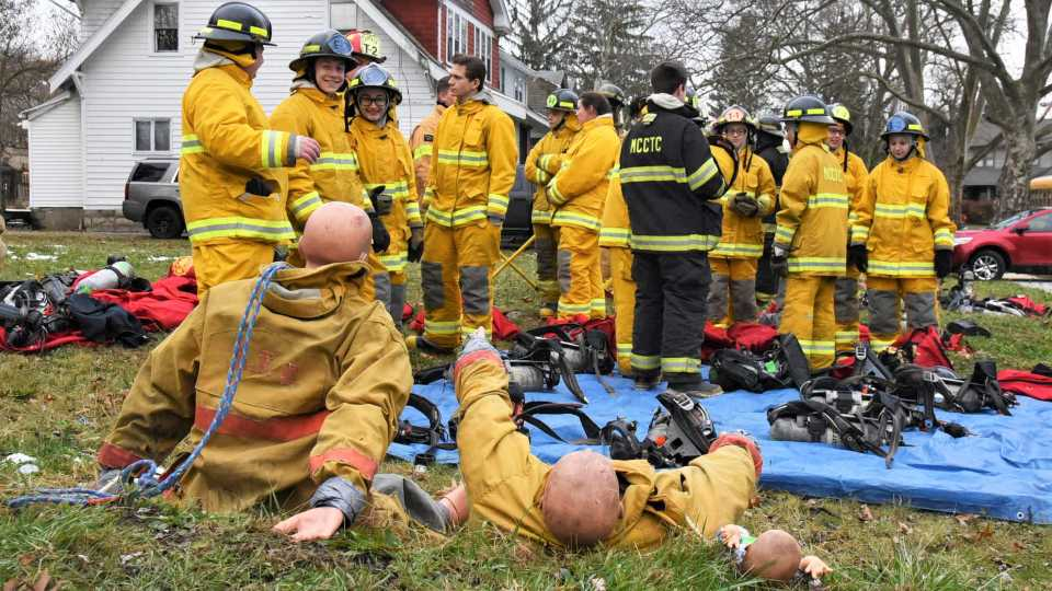 Youngstown firefighter search and rescue training