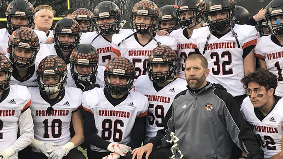 Springfield's dream season ended in disappointing fashion, as the Tigers fell to Anna 48-14 in the Division VI State Championship game at Tom Benson Hall of Fame Stadium Friday morning.